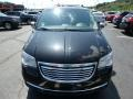 Chrysler Town & Country Touring - L Brilliant Black Crystal Pearl photo #3