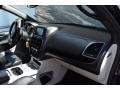 Dodge Grand Caravan SXT Black Onyx Crystal Pearl photo #16