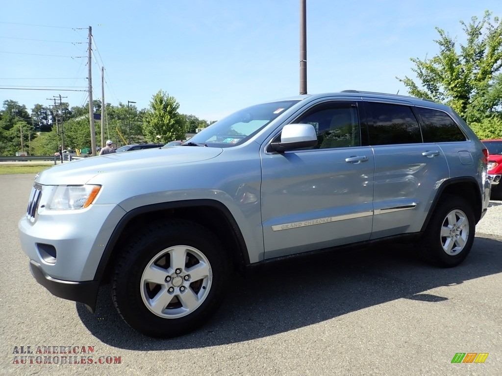 2012 Grand Cherokee Laredo 4x4 - Winter Chill / Dark Graystone/Medium Graystone photo #1