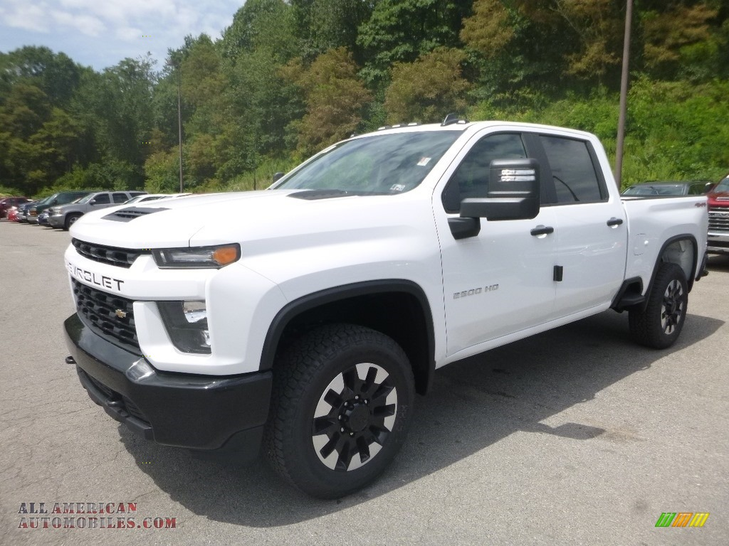 Summit White / Jet Black Chevrolet Silverado 2500HD Custom Crew Cab 4x4