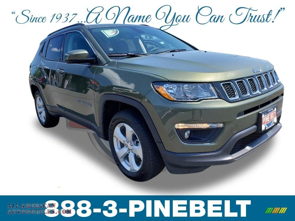 2019 Compass Latitude 4x4 - Olive Green Pearl / Black photo #1