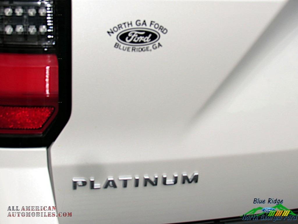 2019 Expedition Platinum Max 4x4 - White Platinum Metallic Tri-Coat / Medium Soft Ceramic photo #39