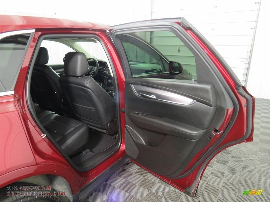 2017 XT5 Luxury AWD - Red Passion Tintcoat / Jet Black photo #40