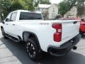 Chevrolet Silverado 2500HD Custom Crew Cab 4x4 Summit White photo #8