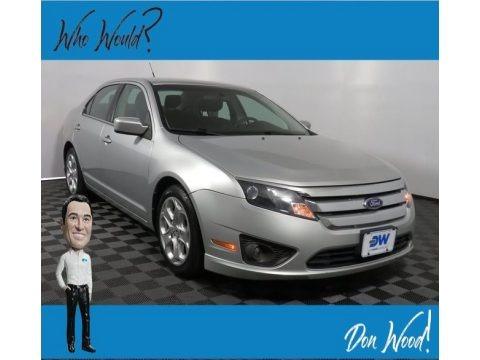 Ingot Silver Metallic 2011 Ford Fusion SE