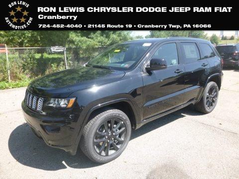 Diamond Black Crystal Pearl 2020 Jeep Grand Cherokee Laredo 4x4