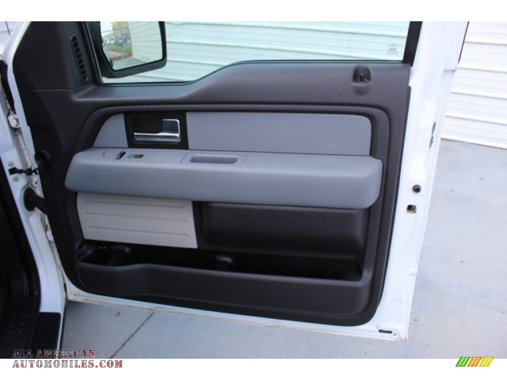 2013 F150 XL Regular Cab - Oxford White / Steel Gray photo #18
