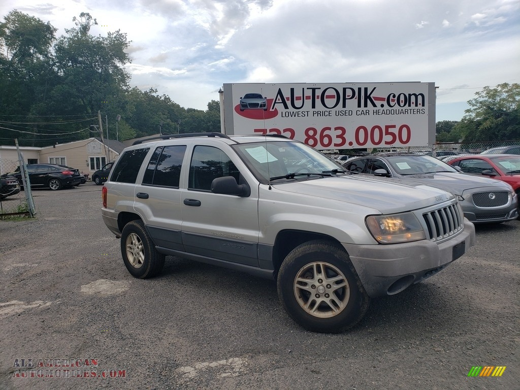 2004 Grand Cherokee Laredo 4x4 - Bright Silver Metallic / Dark Slate Gray photo #1