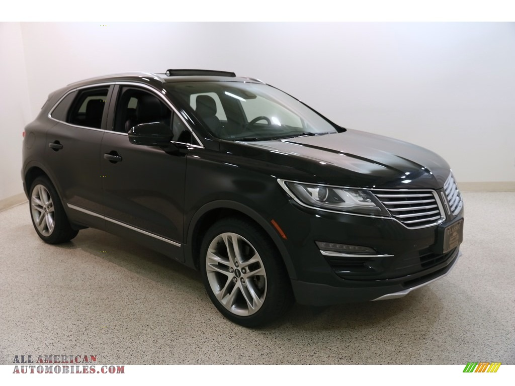 Diamond Black / Ebony Lincoln MKC Reserve AWD