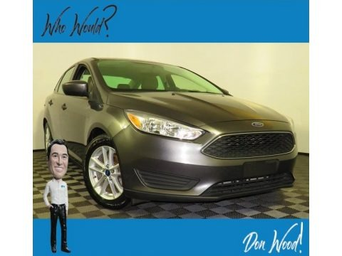 Magnetic 2018 Ford Focus SE Sedan