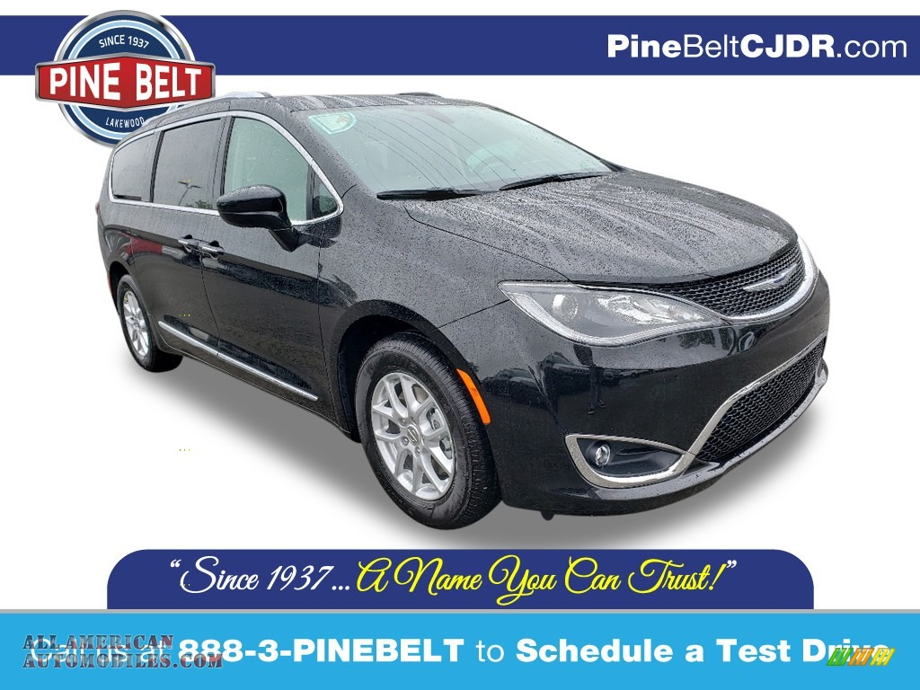 2019 Pacifica Limited - Brilliant Black Crystal Pearl / Black/Alloy photo #1