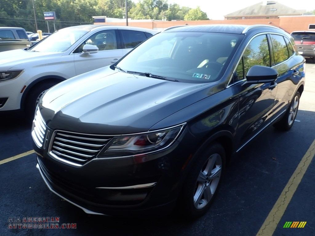 Magnetic / Ebony Lincoln MKC Premier