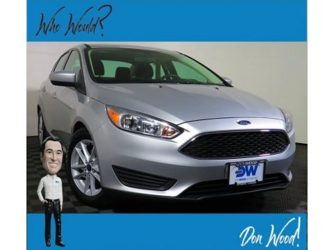 Ingot Silver 2018 Ford Focus SE Sedan