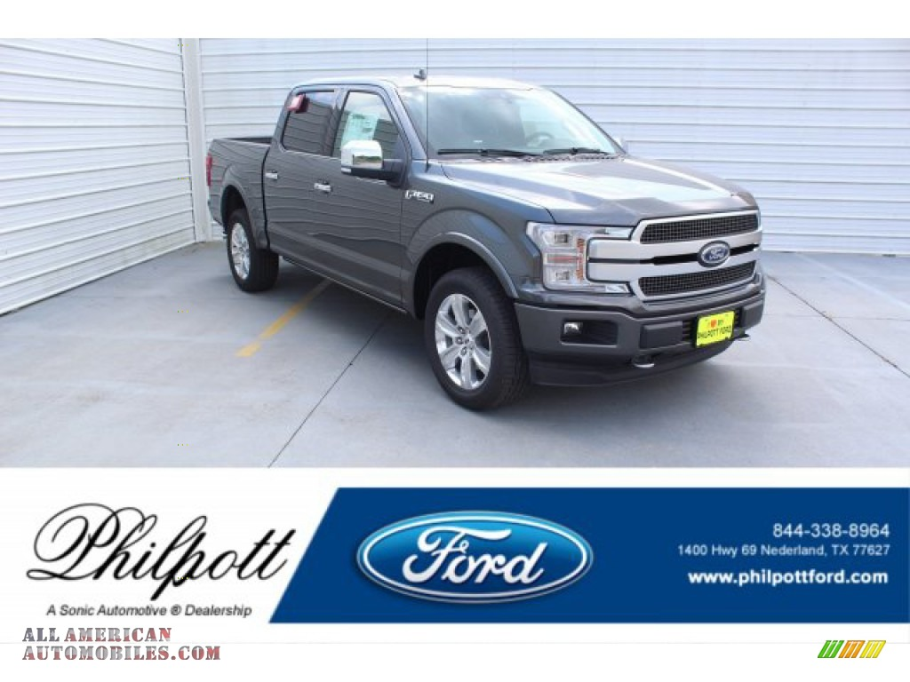 2019 F150 Platinum SuperCrew 4x4 - Magnetic / Black photo #1