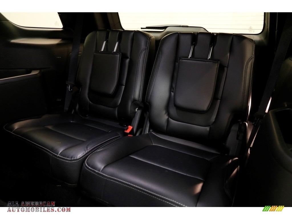 2019 Explorer Limited 4WD - Magnetic / Medium Black photo #25