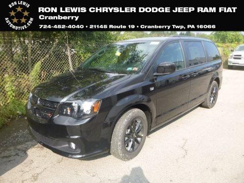 Black Onyx Crystal Pearl 2019 Dodge Grand Caravan SE