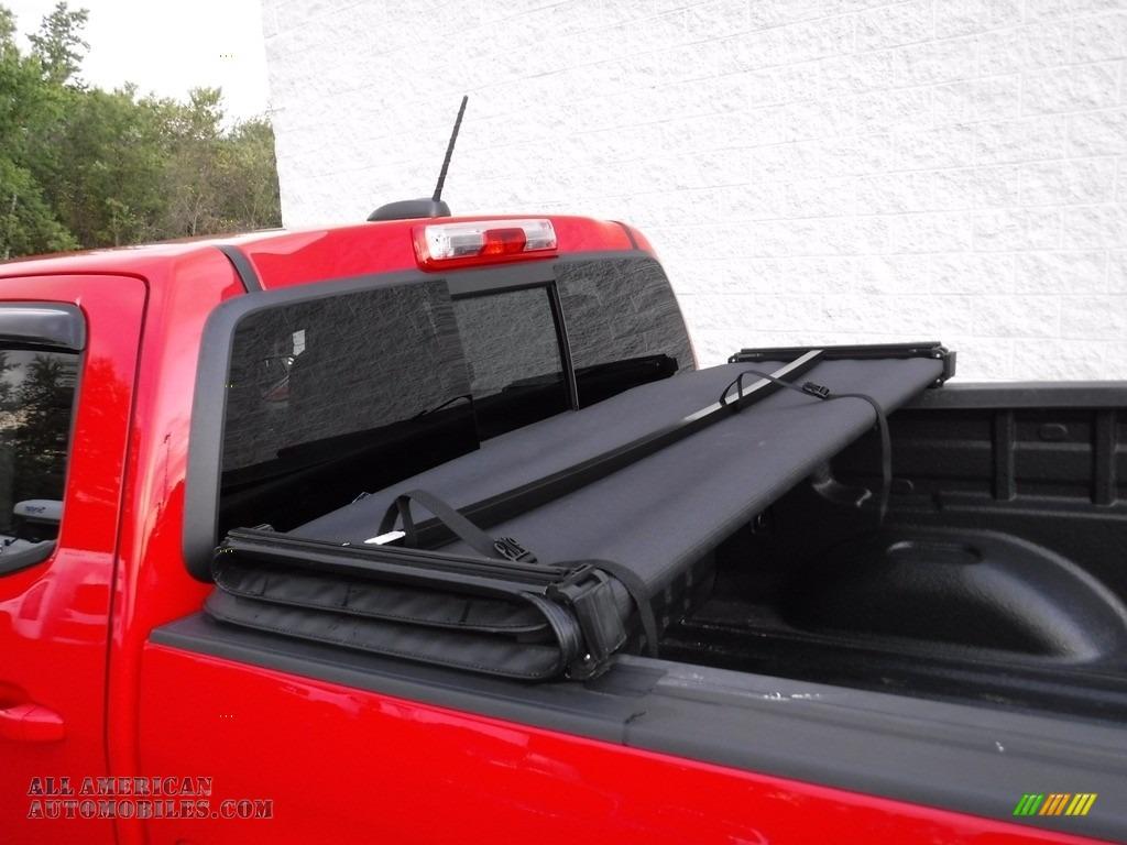 2016 Colorado Z71 Crew Cab 4x4 - Red Hot / Jet Black photo #14