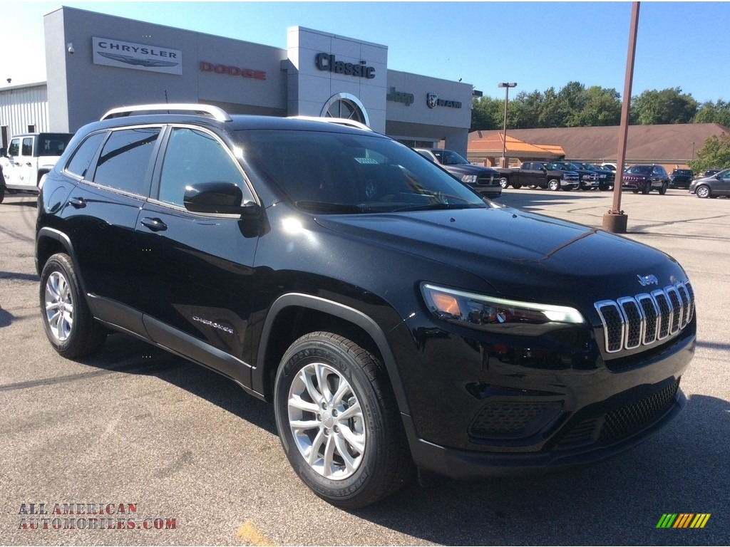 Diamond Black Crystal Pearl / Black Jeep Cherokee Latitude 4x4