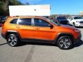 Jeep Cherokee Trailhawk 4x4 Mango Tango Pearl Coat photo #7