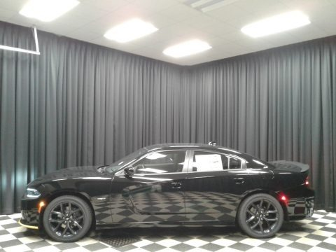 Pitch Black 2019 Dodge Charger R/T