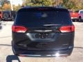 Chrysler Pacifica Limited Brilliant Black Crystal Pearl photo #8