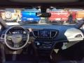 Chrysler Pacifica Limited Brilliant Black Crystal Pearl photo #12