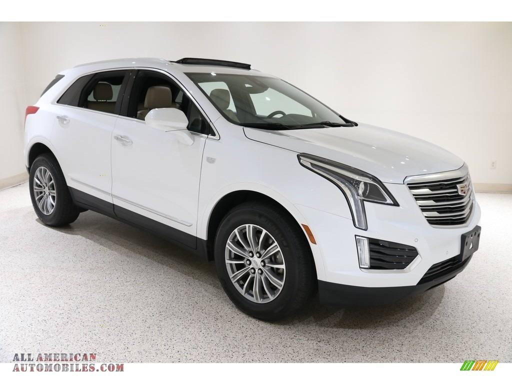 2017 XT5 Luxury AWD - Crystal White Tricoat / Sahara Beige photo #1