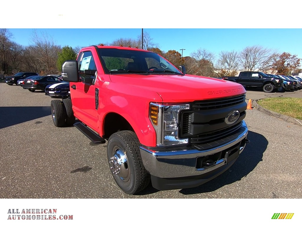Race Red / Earth Gray Ford F350 Super Duty XL Regular Cab 4x4 Chassis