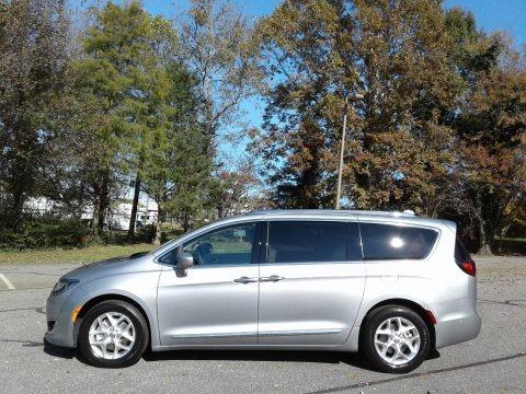 Billet Silver Metallic 2020 Chrysler Pacifica Touring L Plus