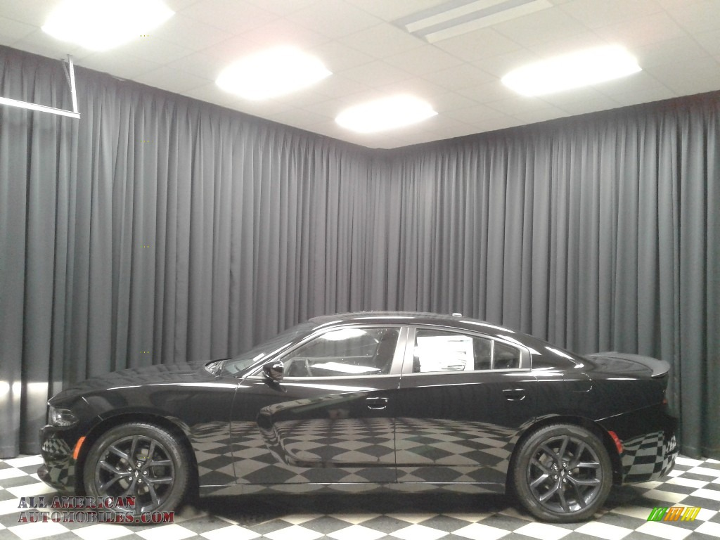 2019 Charger SXT - Pitch Black / Black photo #1