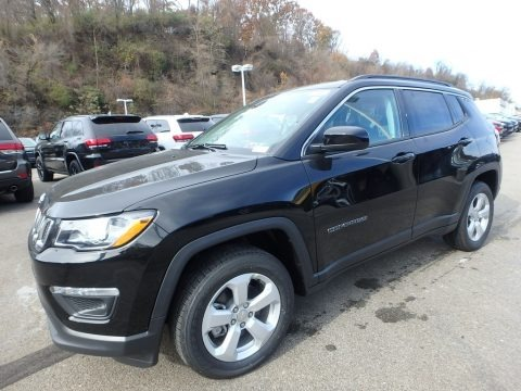Diamond Black Crystal Pearl 2020 Jeep Compass Latitude 4x4
