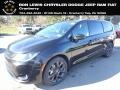 Chrysler Pacifica Touring Brilliant Black Crystal Pearl photo #1
