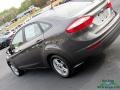 Ford Fiesta SE Sedan Magnetic photo #31