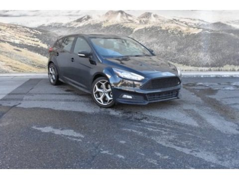 Shadow Black 2018 Ford Focus ST Hatch