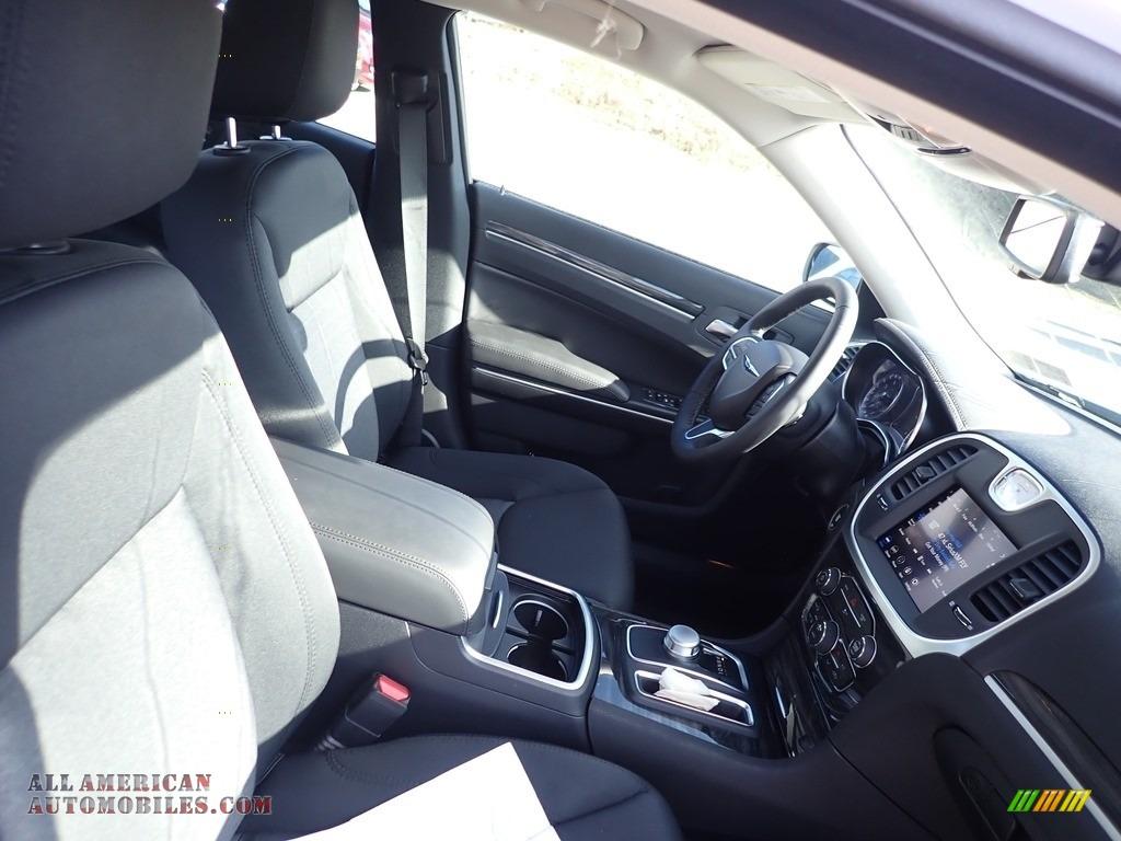2020 300 Touring AWD - Bright White / Black photo #10