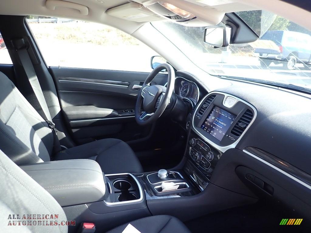 2020 300 Touring AWD - Bright White / Black photo #11