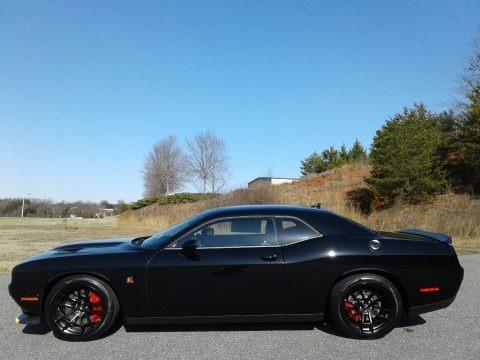 Pitch Black 2020 Dodge Challenger R/T Scat Pack