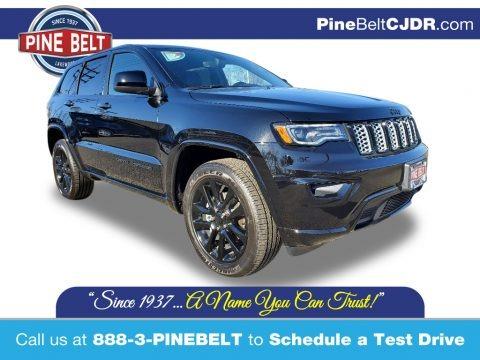 Diamond Black Crystal Pearl 2020 Jeep Grand Cherokee Altitude 4x4