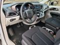 Chrysler Voyager LX Bright White photo #8