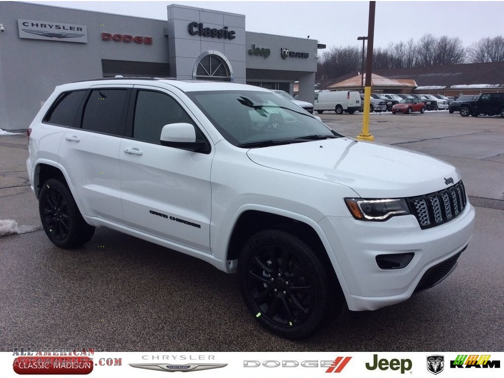 Bright White / Black Jeep Grand Cherokee Altitude 4x4