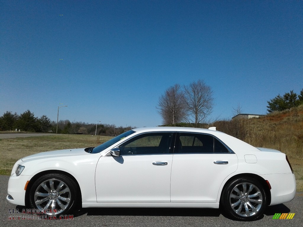 Bright White / Deep Mocha Chrysler 300 Limited