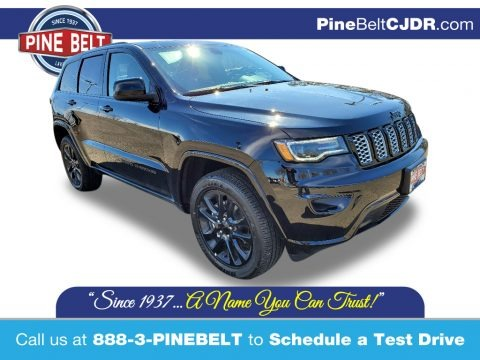 Diamond Black Crystal Pearl 2020 Jeep Grand Cherokee Altitude 4x4