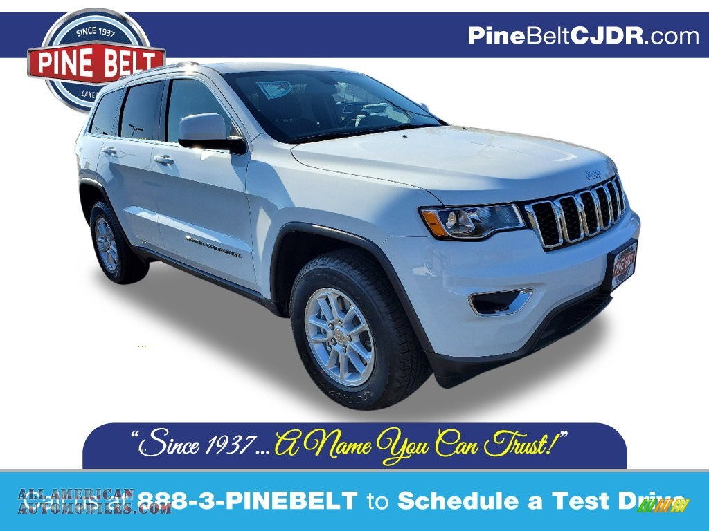 2020 Grand Cherokee Laredo E 4x4 - Bright White / Black photo #1