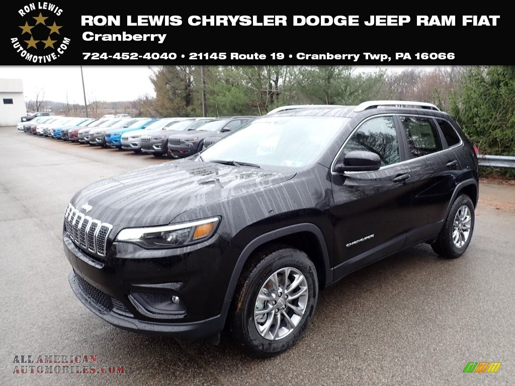 2020 Cherokee Latitude Plus 4x4 - Diamond Black Crystal Pearl / Black photo #1