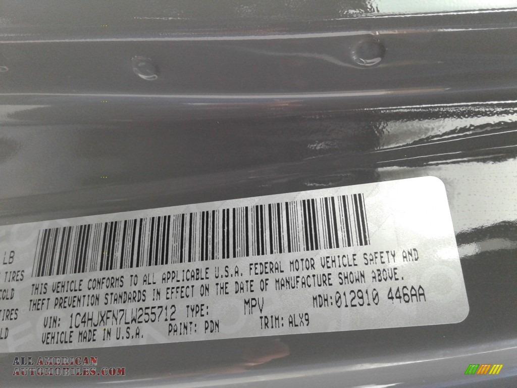 2020 Wrangler Unlimited Rubicon 4x4 - Sting-Gray / Black photo #35