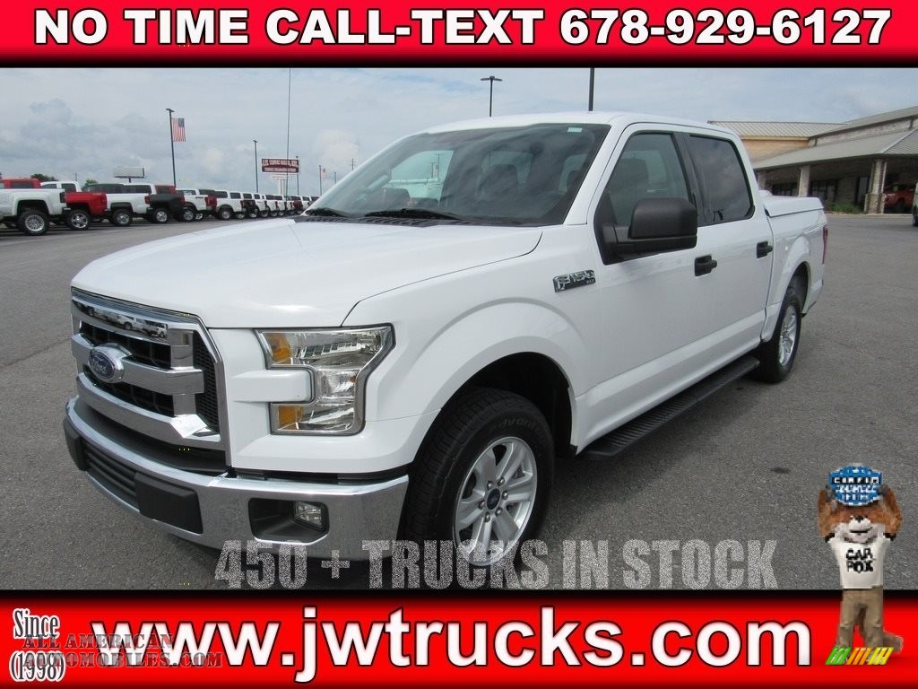 Oxford White / Medium Earth Gray Ford F150 XLT SuperCrew