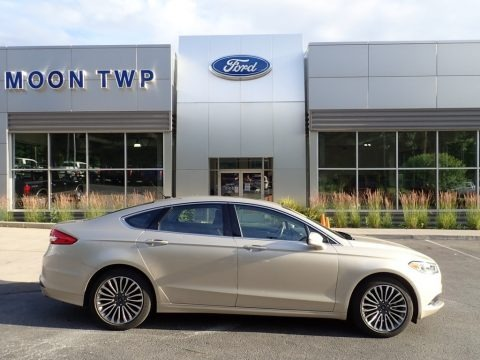 White Gold 2018 Ford Fusion SE