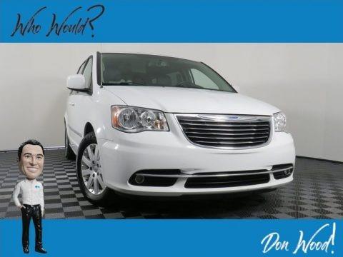 Bright White 2016 Chrysler Town & Country Touring