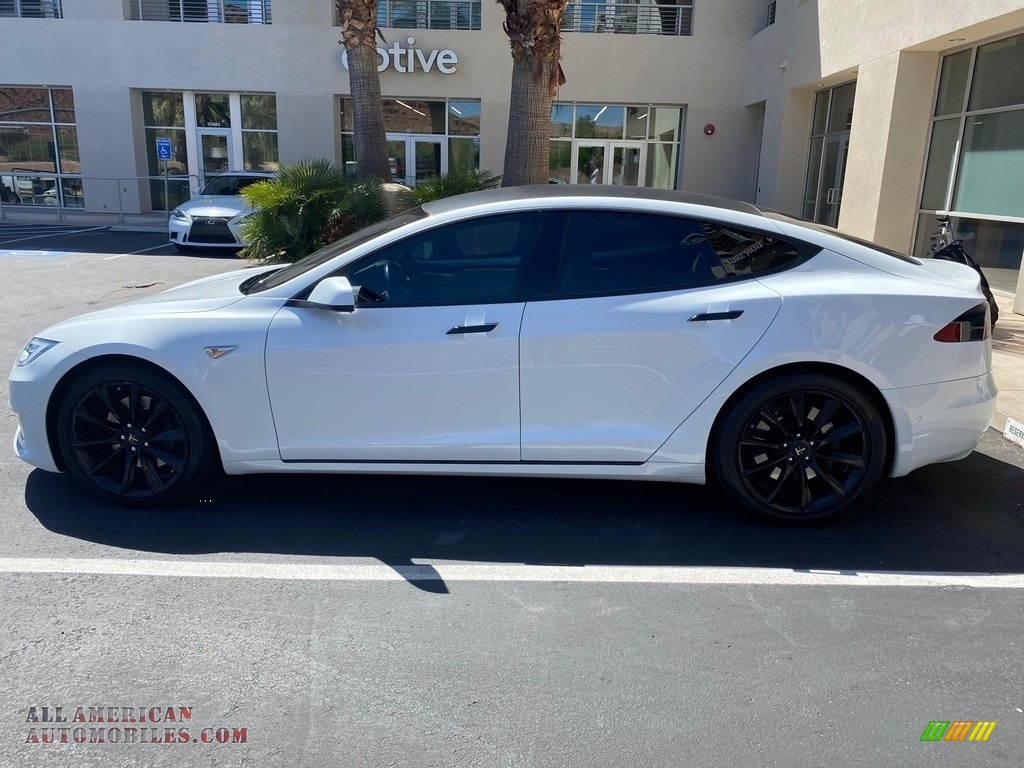 Pearl White Multi-Coat / Tan Tesla Model S 75