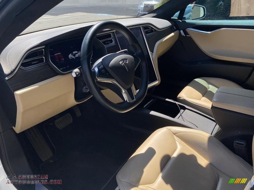 2016 Model S 75 - Pearl White Multi-Coat / Tan photo #10